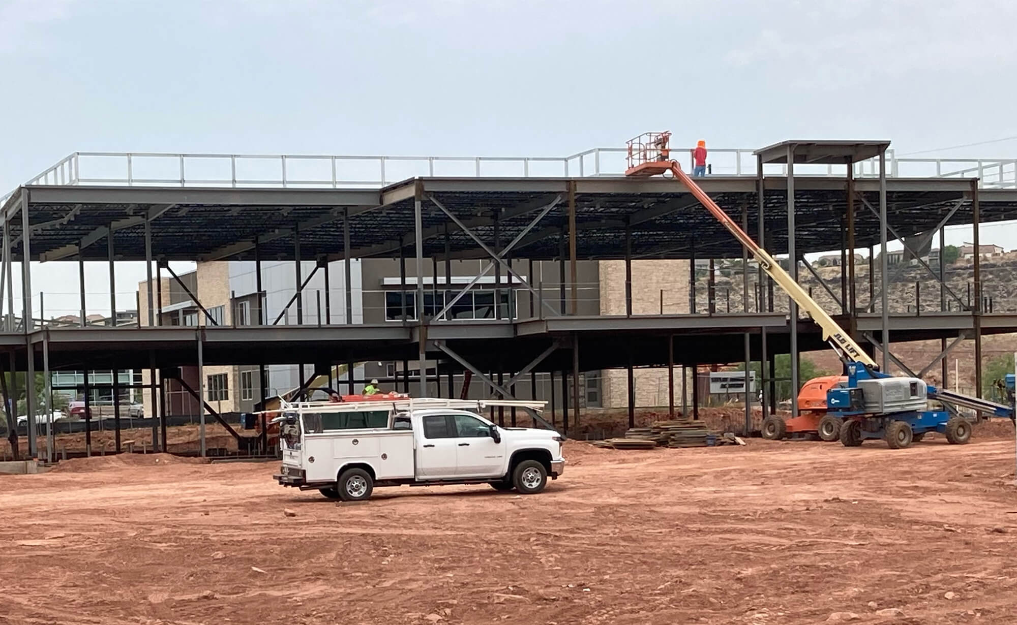 Steelwork continues on the new Riverside Clinic in July 2021